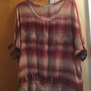 Pre-Owned Women's Top Size Large